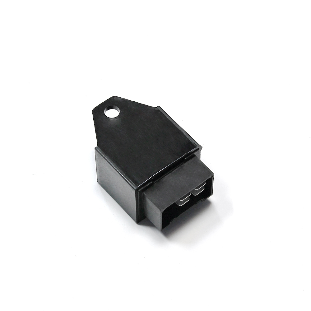 Прерыватель указателей поворота и аварийной сигнализации четырёхконтактный 32.3777-04